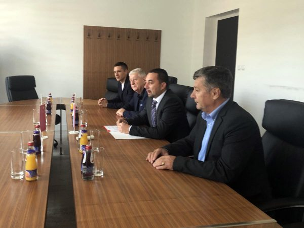 Gradonačelnik Doboja sa saradnicima.