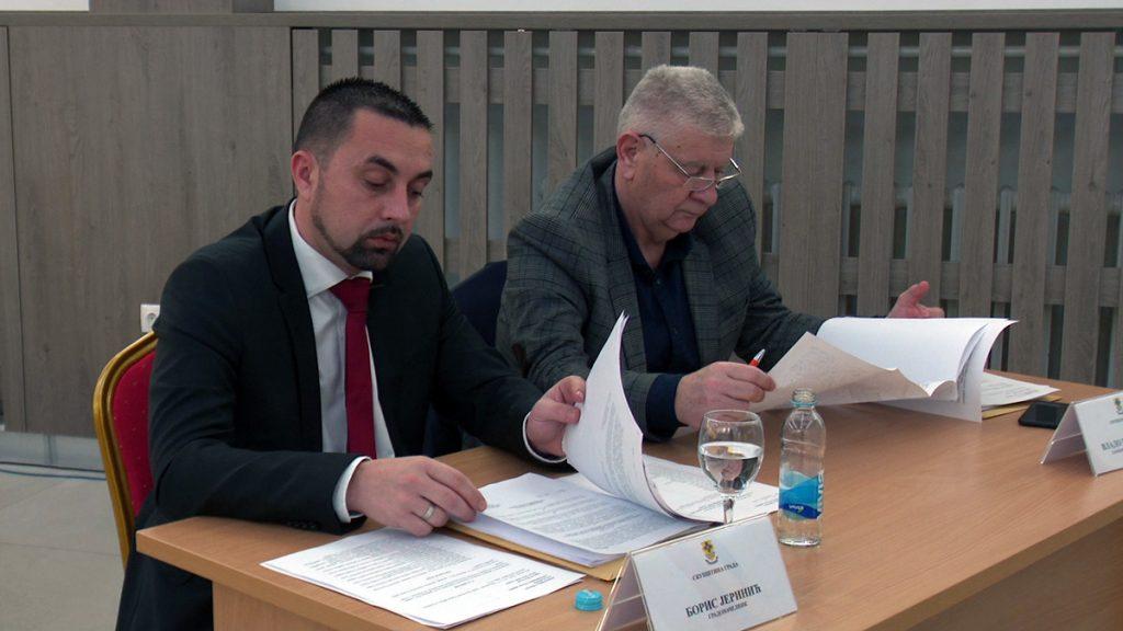 Sjednica Skupštine grada Doboja - gradonačelnik i zamjenik gradonačelnika.