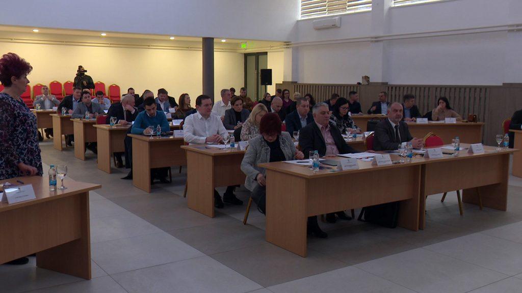 Sjednica Skupštine grada Doboja - odbornici u toku zasjedanja.