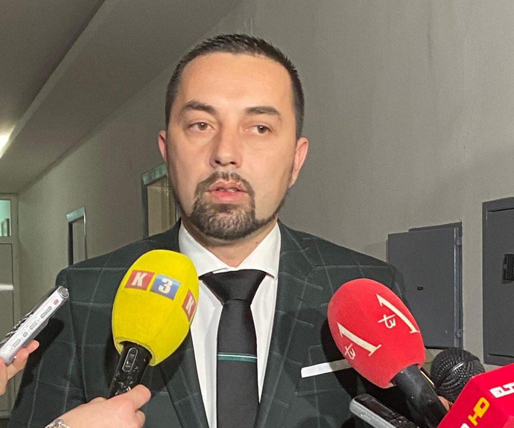 Gradonačelnik Doboja Jerinić daje izjavu medijima nakon sastanka sa turskim ambasadorom u BiH.