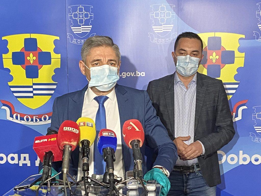 Gradonačelnik Doboja Boris Jerinić i zamjenik ministra bezbjednosti BiH Mirko Okolić.